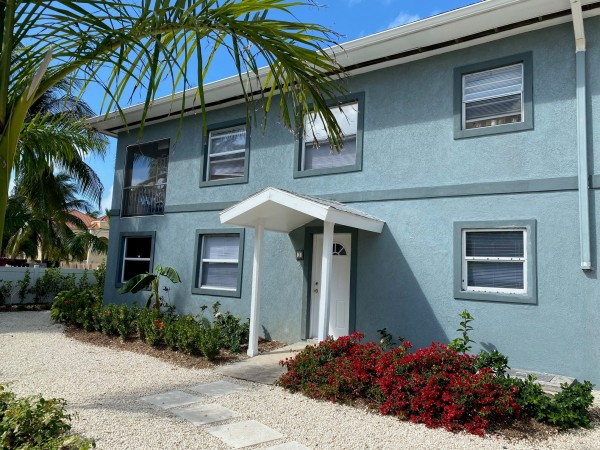 Courtland Apartments, Slate Drive for rent, Seven Mile Beach Property