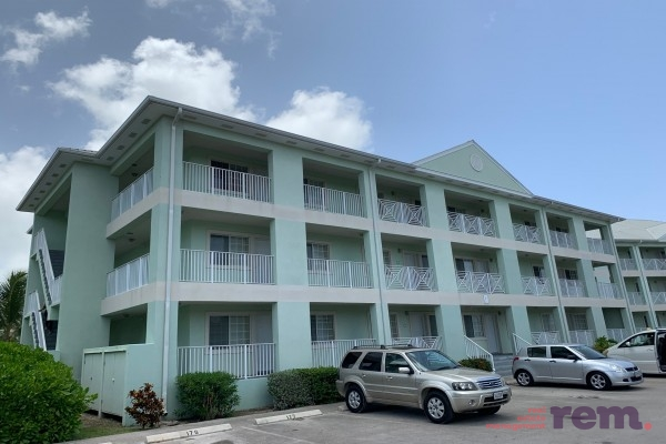 Lakeside 1 bed/1 bath, Seven Mile Corridor for rent, Seven Mile Beach Property