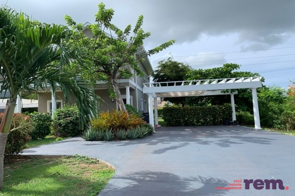 Valley Gardens Home, Corinne Drive for rent, Bodden Town Property