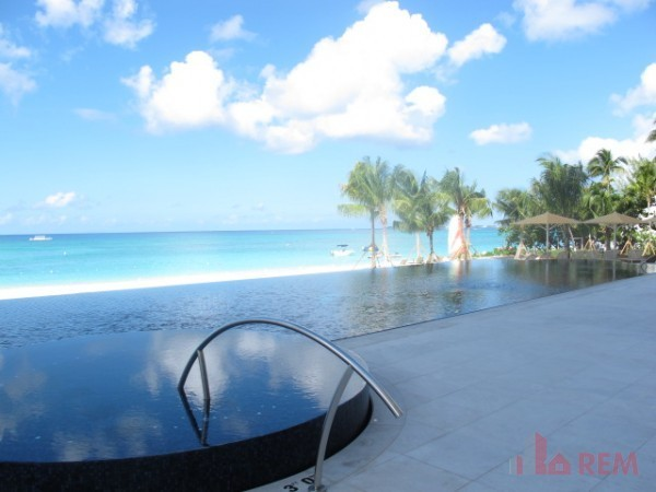 The WaterColours, Seven Mile Beach - Cayman Residential Property for For Rent