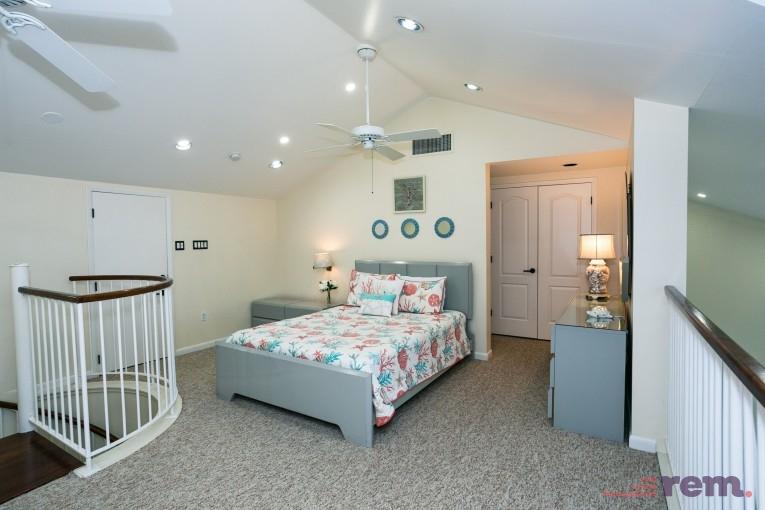 Britannia Phase II,  2 Bed / 3 Bath, Seven Mile Beach - Image 11