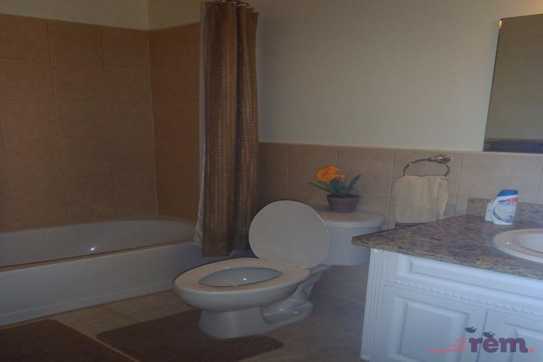 Hilton Estates, South Sound - 2 Bed / 2.5 Bath! - Image 8