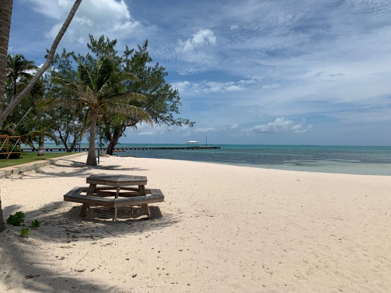 The Retreats, Rum Point - Image 2