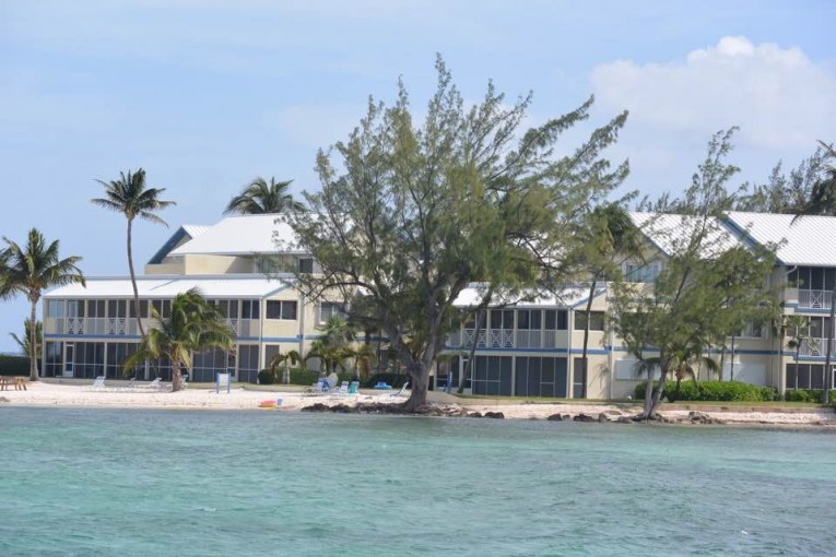 The Retreats, Rum Point - Image 18
