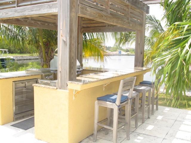 Yacht Drive, Cayman Islands Yacht Club - Image 15