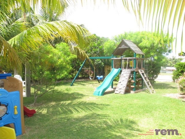 Yacht Drive, Cayman Islands Yacht Club - Image 12